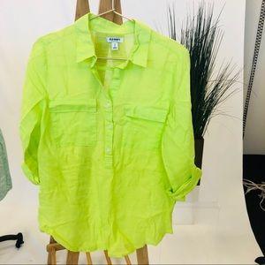 Fluorescent yellow/green button top